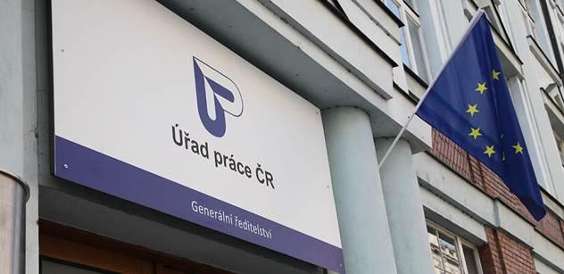 Úřad práce: Na podporu zaměstnávání OZP loni úřad poskytl 7,4 miliard a podpořil desítky tisíc lidí