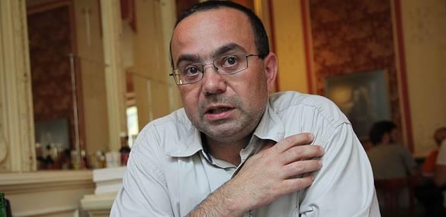 Geopolitolog Romancov: Putinovi hoří půda pod nohama, jeho agrese tmelí Evropu. Můžeme se dočkat zásadních změn