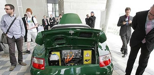 Karel Wágner: Budeme všichni jezdit na baterky?