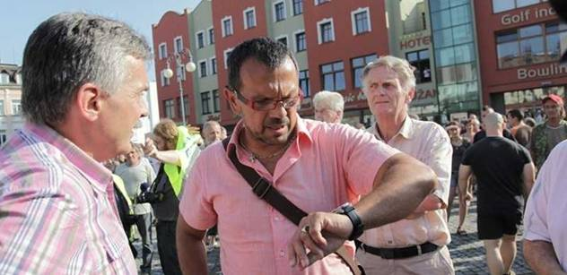 Smlouva s Kosovem schválena. Foldyna je naštvaný i na své poslance