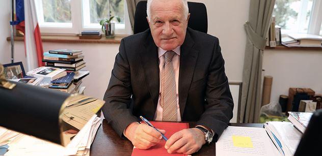 Václav Klaus popsal novou ideologii: Pirátské ajťáctví. A je velmi nebezpečná