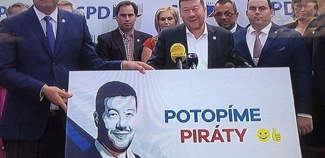 Okamura odpálil kampaň SPD: Paraziti, příživníci, nepřizpůsobiví. Říkáme NE! Cizinci z Bruselu nebudou rozhodovat! Potopit Piráty... To byl jen začátek