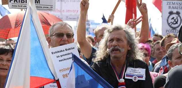 Žádné změny ve vládě řízené z ulice! Z Babišova hnutí vyletěl jasný vzkaz demonstrantům