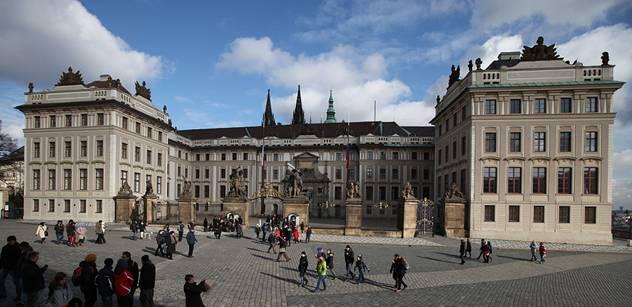 Protirestituční spisovatelka zuří kvůli Pražskému hradu: Kdo toto podepíše, dopustí se zločinu
