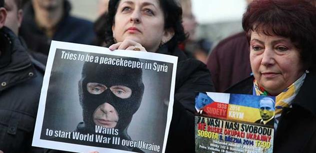 Zakladatel Nadace Charty 77 k Ukrajině: Nasazení jaderných zbraní nelze vyloučit