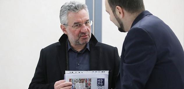 Držet basu s Maďarskem, doporučuje Jan Zahradil. Evropské orgány se nemají co vměšovat do vnitřních záležitostí