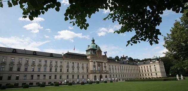 Úřad vlády otevře 1. května pro veřejnost oba své paláce