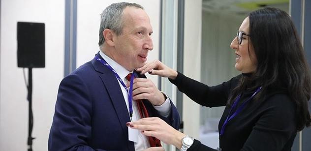 Hodně krutý útok na mladého Klause: Není se co divit, že nás chce rozvádět s EU. Vždyť se sám dvakrát rozvedl
