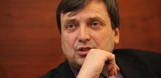 """Tomio a prezidentská kandidatura, faktury, nula korun na účtu... """"Pučista"""" Fiedler odhaluje vnitřnosti hnutí Úsvit"""