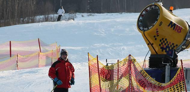 ERV: Každý druhý Čech jezdí na lyžích, třetina Čechů v zimě nesportuje vůbec