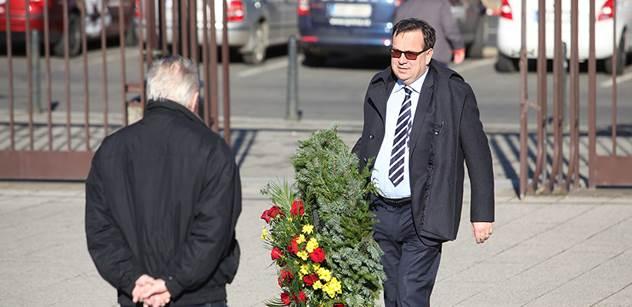 Případ, do kterého se ve Švýcarsku zapojil Miloslav Ransdorf a krátce nato zemřel, znovu ožil