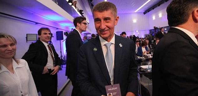 Zlí bankéři jsou snadný terč. Ale zdaňovat české banky opravdu není moudré, vzkázaly ekonomické veličiny vládě