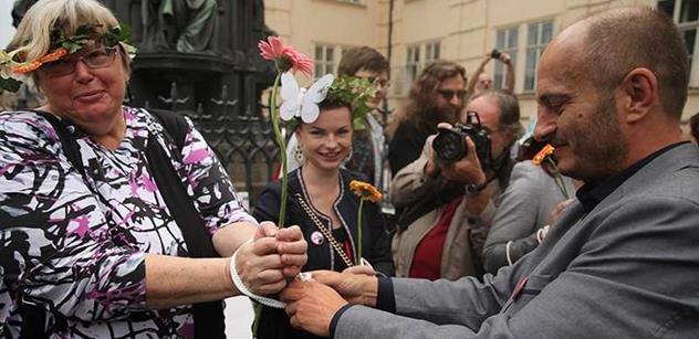 Konvička podal trestní oznámení na Chovance. Šíří prý nakažlivé nemoci