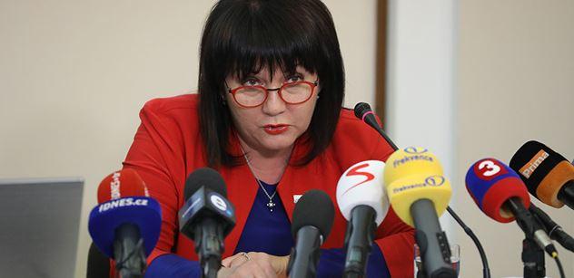 Ministryně Schillerová: Tato a minulá vláda daně extrémně snížily
