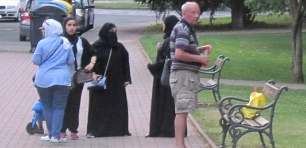 Česká muslimka vynadala našemu národu. Podívejte se