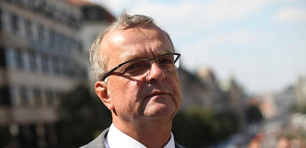 Miroslav Kalousek: Zeman je populista. Až se otočí většina, poběží do mešity
