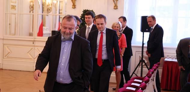 A teď mě označí za válečného štváče a bolševika... Hynek Kmoníček představil svou vizi NATO po summitu ve Varšavě