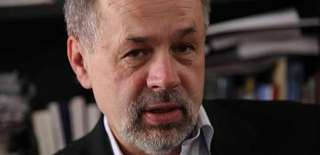 Nová strana zaštítěná výraznými tvářemi Milionu chvilek by zamíchala kartami, odhadl Pehe