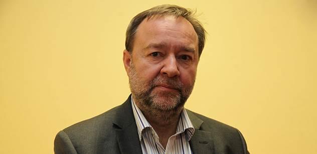 Odbory DPP vyhlásily stávkovou pohotovost. Chtějí zpátky Ďuriše.