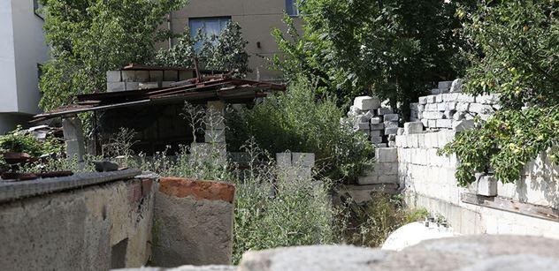 VÍME PRVNÍ Primátor Hřib půjde kvůli svému domu v Kyjích k soudu. Bývalý majitel ho chce nazpátek. Porušil smlouvu, tvrdí