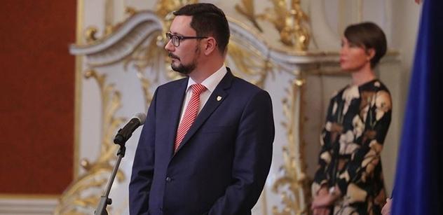 Maďarský scénář opozice. Blokády, střety s policií. Už v červnu, obává se Jiří Ovčáček