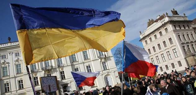 Exdůstojník BIS varuje Ukrajinu: Evropa vás využije a zavalí laciným zbožím. Doplatíte na to