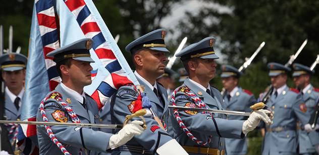 Veteráni, politici a vojáci si na Vítkově připomněli 70 let od konce druhé světové války