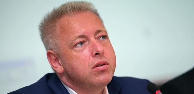 Útočník z Manchesteru přes Prahu neletěl, uvedl ministr vnitra Chovanec