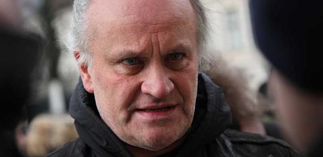 Kocáb v ČT poslal vzkaz do Moskvy: Putin by neměl jezdit, nebude zde vítán
