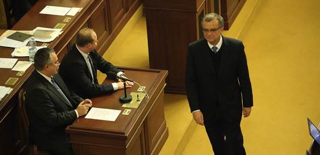 Kalousek je v totálním šoku z Andreje Babiše. Příště prý místo jednání sněmovny radši půjde bruslit