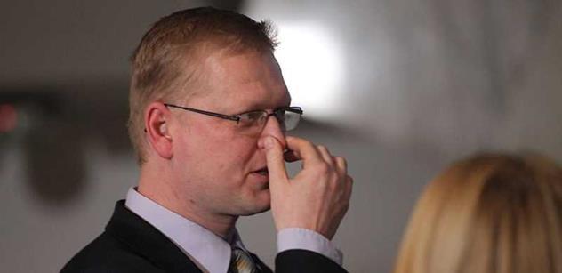 Bratře, ty senátorem nebudeš? Bělobrádek prý obětoval vlastního muže kvůli Marvanové