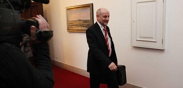 Zeman má jedinou slabinu, personální politiku. Jiří Balvín vzpomíná, co mu řekl o revolučním hnízdě na Kavčích horách