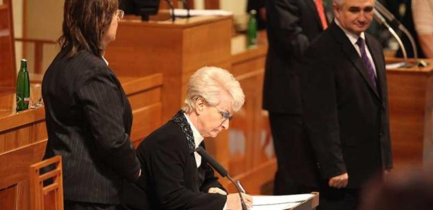 Co se syrskými sirotky? Senátorka Emmerová přichází s převratným návrhem, ze kterého budou jásat homosexuálové. Šojdrová jistě ne
