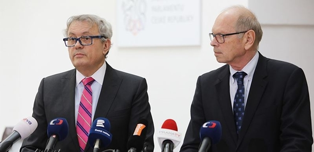 Tisíce stran nařízení z EU, podnikatelé se bojí žádat o dotace. Ve sněmovně se debatovalo o fondech z Bruselu