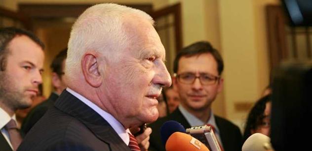 Prezident Klaus jmenoval Petra Fialu novým ministrem školství