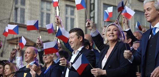 Nářez z Václaváku! Le Penová ani Wilders se s tím opravdu nepárali