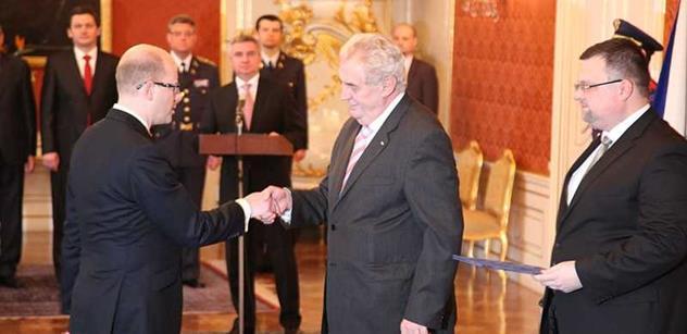 Zeman: Šest chyb v Sobotkově dopise o profesionalitě moc nesvědčí. I tak ale vládě přeji úspěch