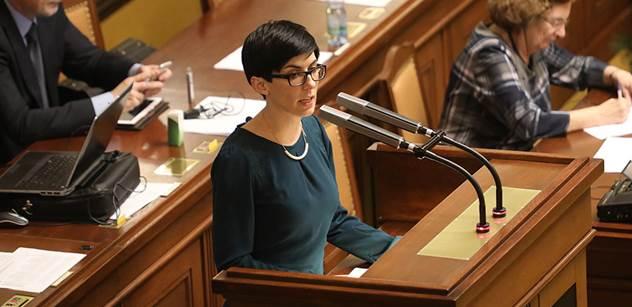 TOP 09: Ministryně financí odstoupí, pokud vyšetřování prokáže pochybení finanční správy
