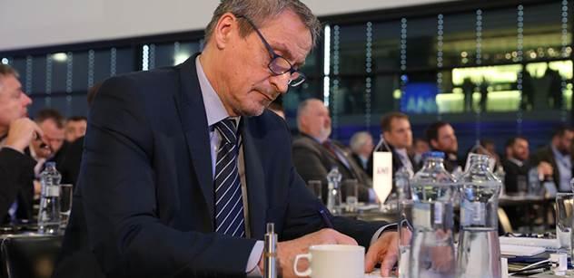Ministr Stropnický: Česká armáda má postupně mít až 30 tisíc lidí