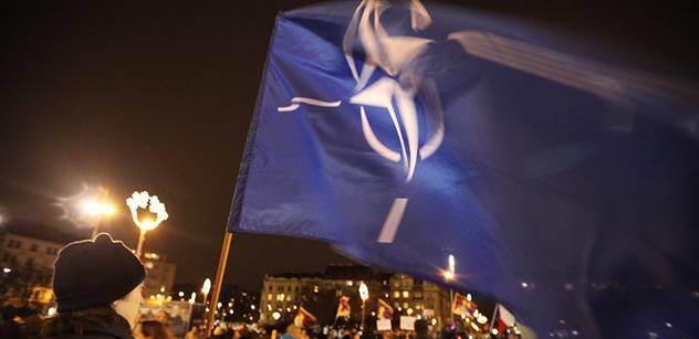 Vláda rozhodla o přejezdu amerického konvoje přes Česko