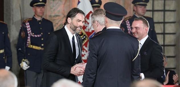 """""""Poblitý"""" Jaromír Jágr: Další útok kvůli Zemanovi. Raději nečtěte"""