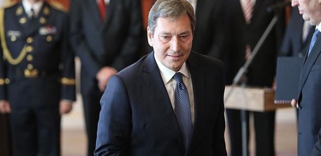 Prioritami novopočeného ministra průmyslu a obchodu Tomáše Hünera budou energetická politika nebo těžba surovin