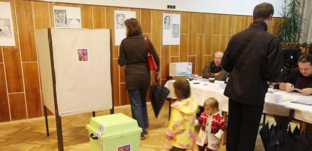 Průzkumy a mocný předvolební Moravec: Ti nejpovolanější vám radí, jak se nenechat zblbnout