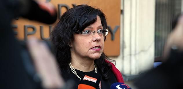 Ministryně Marksová navrhne zvýšení platů pracovníků ve veřejné sféře