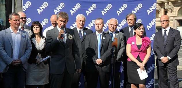 Premiér Schwarzenberg a ministr financí Kalousek. I o tom se mluvilo u Babiše
