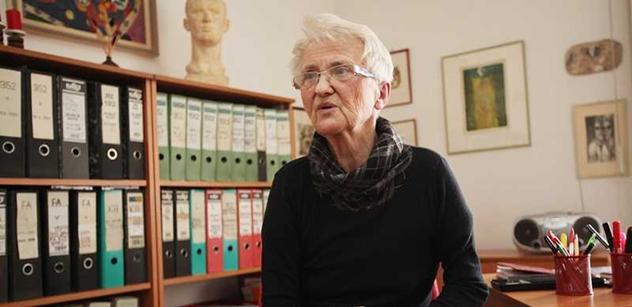 Zdena Mašínová: Z odpůrců průjezdu konvoje je mi na zvracení. A Zemana by měl někdo vyhodit z okna