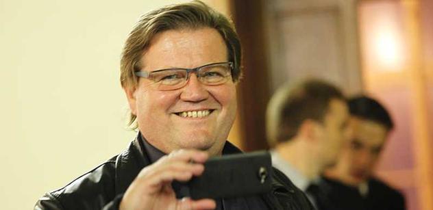 Škromach po svém nezvolení do vedení ČSSD vypustil informace o tajemných zákulisních dohodách