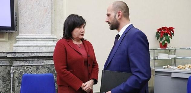 Učitelé by měli dostat přidáno, shodl se ministr Plaga s odbory. O kolik si polepší?