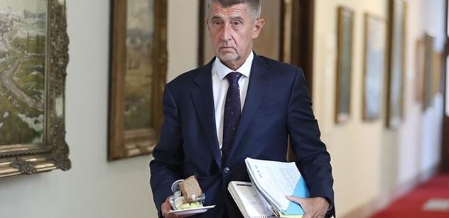 """Balte kufry, Babiš vyhrál, teď je vykope! Drsně o """"osvobození"""" premiéra"""