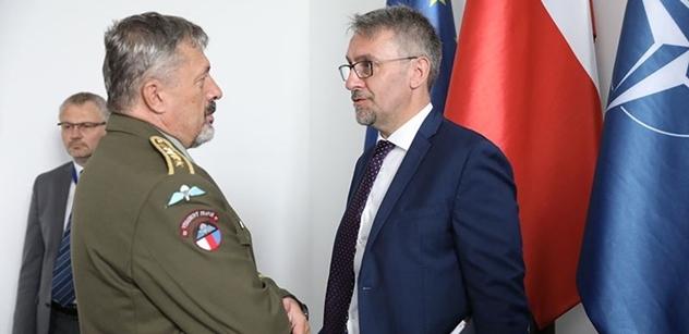 Ministerstvo obrany by prý mělo trvat na podmínce zapojení českého průmyslu